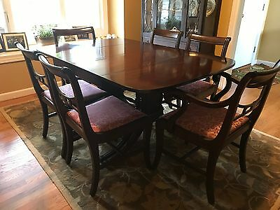 Antique Duncan Phyfe Drop Leaf Dining Table w/ 6 chairs, beautiful condition!