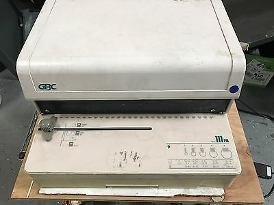 GBC Punch Machine Model 111PM with Coil Die 3:1, 115VAC, Includes Foot Pedal