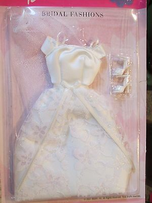 Barbie Fashions 2001 # 68065 Wedding Dress, Veil, Shoes Outfit Clothes SEALED