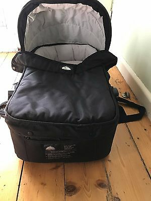 Mountain Buggy Carrycot / Bassinet for pre-2010 Urban Jungle model