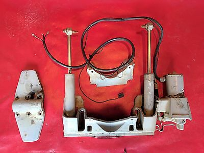Johnson Evinrude Outboard Power Trim 40 50 60 HP 2 Cylinder