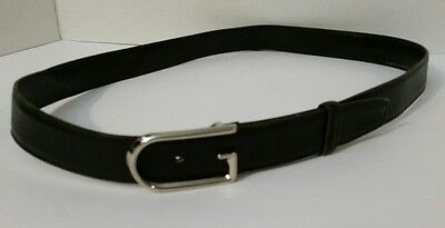 Gucci Italy 100% Authentic Black Leather Belt Size 34 Classic Silver G Buckle