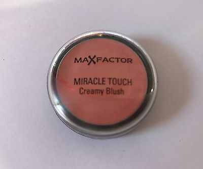 Miracle Touch Creamy Blush 18 Soft Cardinal Max Factor.