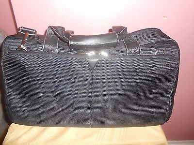 JOHNSTON & MURPHY Black Nylon Leather Trim Carry On Overnight Duffle Weekender