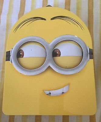 """""""NEW"""" Despicable Me Minions Carry All Tin Stationery Lunch Box - Dave"""