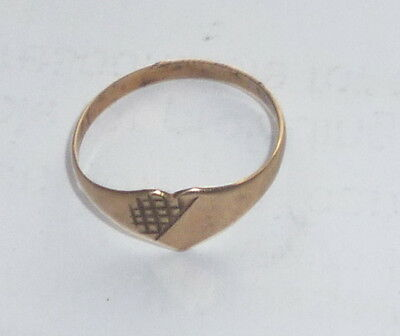 VINTAGE  9Ct SOLID Gold Baby Ring   NOT SCRAP  NO RESERVE