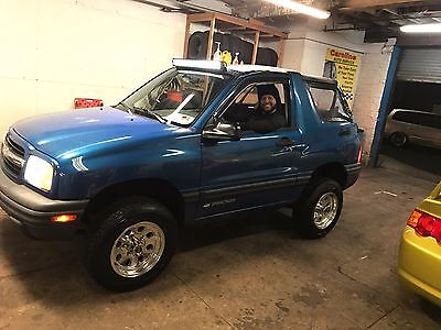 2001 Chevrolet Tracker  2001 chevy tracker Convertible