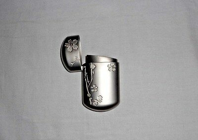 New Vintage Etched Silver Metal Collectible Tobacco Snuffer Ashtray Travel Size