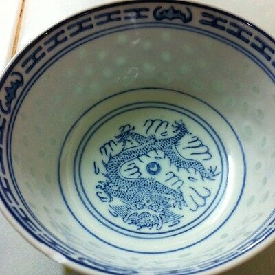 Vintage Chinese Dragon Blue & White Porcelain bowl