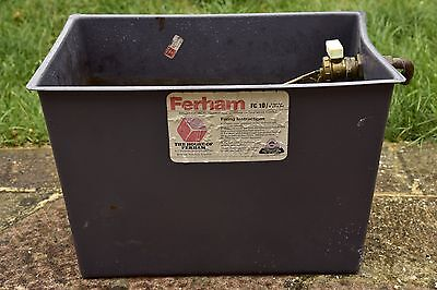 Ferham FC 10 expansion/cold water storage tank w/ball valve 18 litres 4 gallons