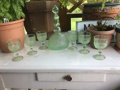 Vintage Sandwich Indiana Glass Co. Light Green Decanter With 6 Goblets