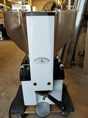 La Marzocco Swift E.P.S.B Commercial Grinder Dual Hoppers Works good
