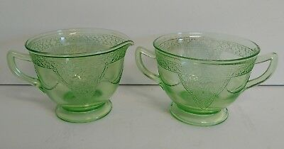 VTG 1930s GEORGIAN LOVEBIRDS  Federal Glass Green Depression Cream & Sugar Set