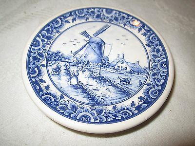 """Plate #330 Hand Decorated Delft's Blauw Blue Old Mill Folks 3.5"""" Across"""