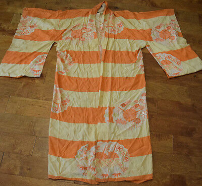 Very nice Antique  Japanese Late 19th,c. Silk Embroidery Kimono