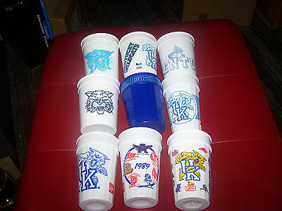 Lot of Vintage Kentucky Wildcats Plastic Cups!!  U of K!
