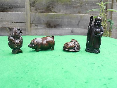 Fine Early 20th c Japanese Wood Carved Netsuke Chicken plus Carp  - Signed