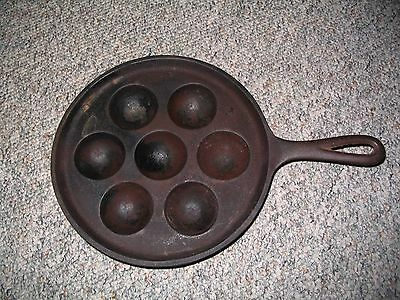 Vintage Cast Iron Egg/Muffin Pan, 32D  H