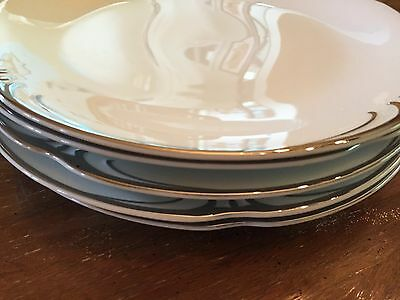 "Embassy by Stylehouse Fina China Japan 10 1/2"" Dinner Plates- Set of 5"