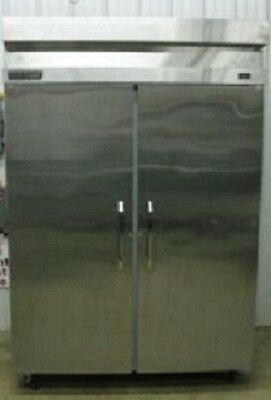 True TS-49F Commercial Stainless Reach-In Solid Swing (2) Door Freezer