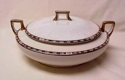 Vintage Homer Laughlin Round Casserole Dish J 4 N (Oct. 1924)