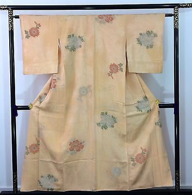 Authentic Japanese salmon colour silk kimono for women, Japan import, M (Q1578)