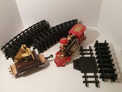 THE HOLIDAY EXPRESS TRAIN SET (NOT COMPLETE) * ENGINE WORKS * For Parts