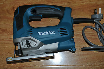 Makita JV0600 Orbital Jigsaw 650w Variable Speed / Excellent Condition- Like New
