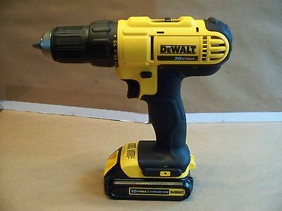 Dewalt Dcd771 20V Max 1/2'' Cordless Drill Lithium-Ion Battery Pack Excellent