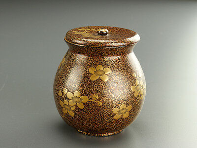 Japanese NASHIJI Gold Sprinkled Lacquered Tea Caddy w/ MAKIE of Flowers: BD702