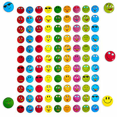 900 x Smiley Face Sticker I Bunt I Glänzender Metallic Look I Niedliche Deko