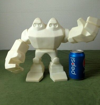 RARE Nike 6.0  NIMPSY STUDIOS MUTANT FIGURE FOR NEMO DESIGN. MAKE OFFER!