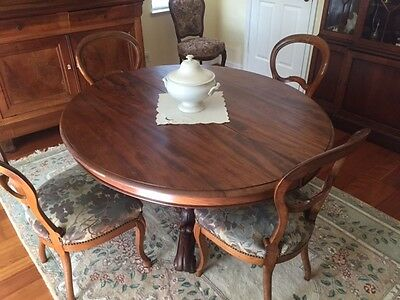FRENCH PROVINCIAL ANTIQUE FURNITURE LOUIS PHILIPPE DINING TABLE With (4) CHAIRS