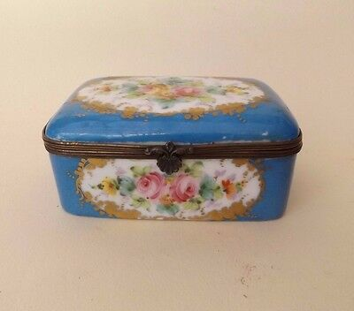 Antique 19th Century French Porcelain Dresser Box with Hand Painted Flowers