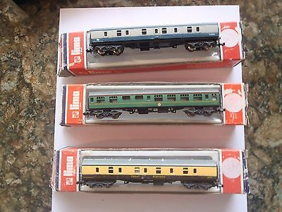 Model Trains N Scale 3 Carriages  Lima