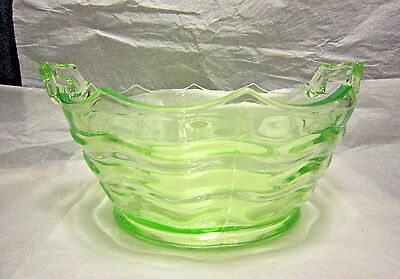 "Green Depression Glass 7 1/2"" Bowl ""Ocean Wave"" by Jenkins Late 20's Early 30's"