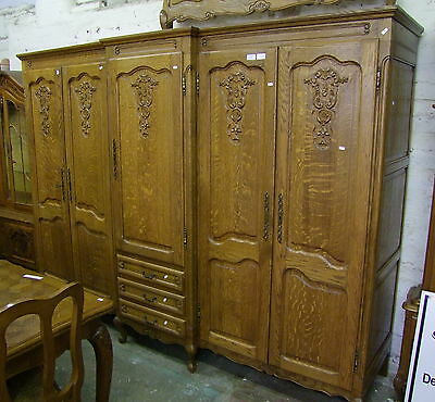 Louis XV Style Vintage French Carved Oak 5 Door Combination Wardrobe  -  (00674)