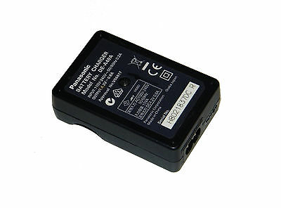 Lumix Panasonic Model DE-A40 Battery Charger 4.2V DC 0.8A 8