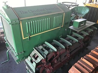 Cletrac 20-K Crawler, All Complete Tin-Work, With Rare Belt Pully Antique