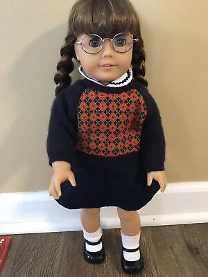 Retired :Molly American Girl +accessories