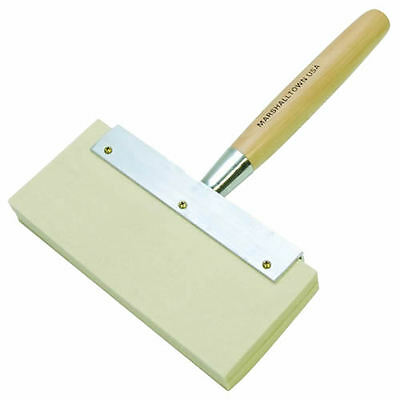Marshalltown MFB865 9in plasterers felt water brush with wooden handle