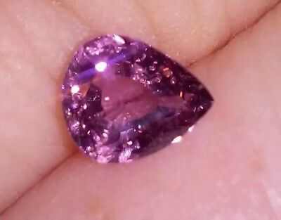 1.20 ct.NATURAL SUPER PURPLE MAHENGE SPINEL FLUORESCENT under ULTRA VIOLET LIGHT