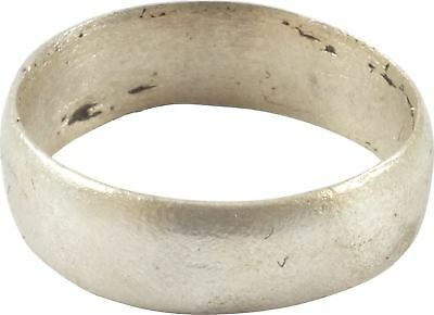 ANCIENT VIKING RING C.900 AD Size 7 ¾. 17.8mm (AM24)