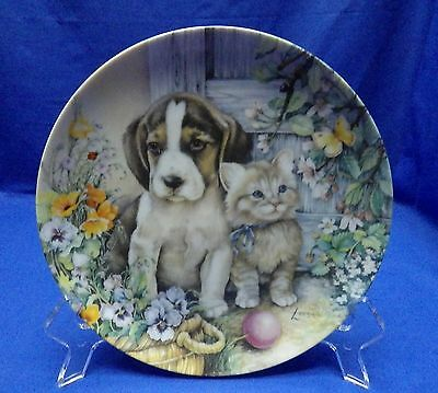 """Crestley  Friends Forever """" Budding Friendship""""  Puppy and Kitten Plate w/ COA"""