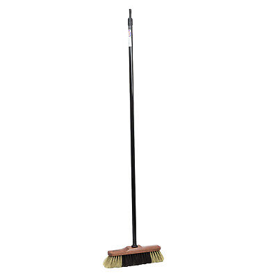 Mustang classic broom with metal stick for indoor use