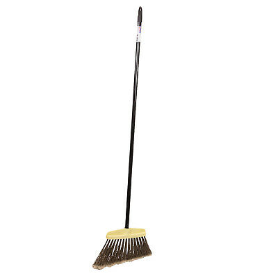 Hof broom with a metal stick for outdoor use