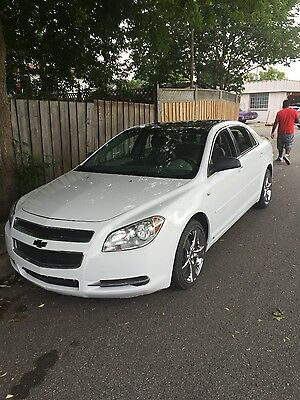Chevrolet: Malibu LIKE NEW 2008 Chev Malibu