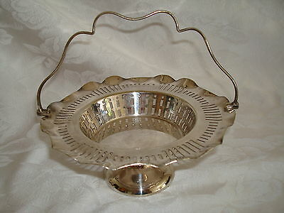 REGIS BIRMINGHAM ENGLAND SILVERPLATE HANDLED BRIDE'S BASKET William Suckling