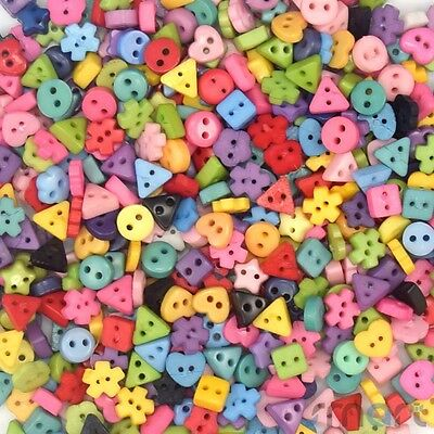 100pcs Assorted Star Hear Round Flower Plastic Buttons Lot 2 Holes 6MM Cards DIY