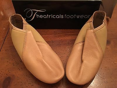 Theatricals Adult Neoprene Arch Slip-On Tan Jazz Shoes Size 7.0M Style T7802-NEW